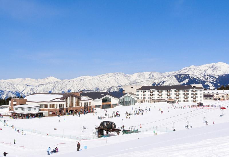 センターハウスほかハード面の機能はとても充実しているスキージャム勝山